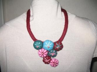 Collana in feltro Fashion